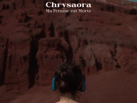 Chrysaora di Ma Femme est Morte è una paralisi d'amore.