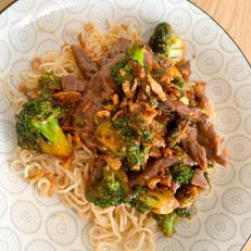 Biefstukreepjes met Broccoli