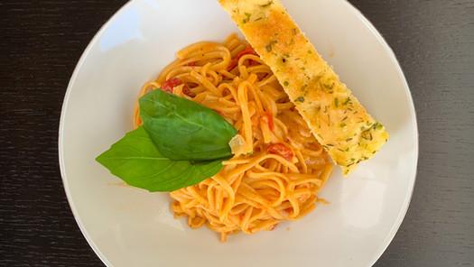 Eenpanspasta - Linguine met Paprika