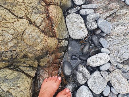 Diário de bordo. Vila brandão/BA - 11.11.20 | Talvez um dia eu escreva sobre essas pedras.