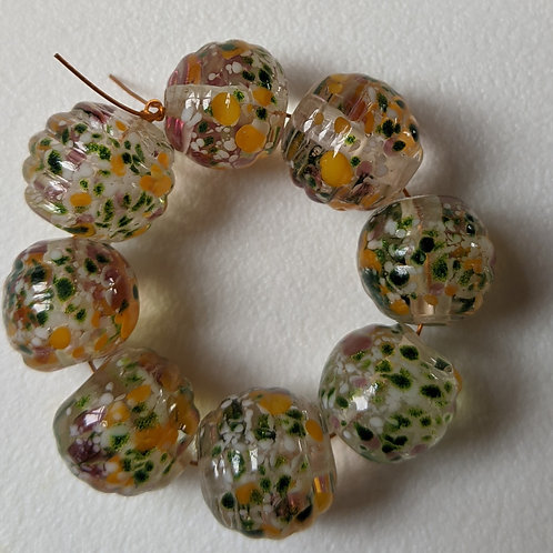 10 TRANSPARENT CLEAR RIBBED WITH ORANGE/PINK/AVENTURINE MULTI FRITL