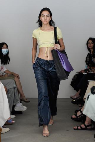 00018-Maryam-Nassir-Zadeh-RTW-Spring-22-credit-Madison-Voelkel-courtesy-of-brand.jpg