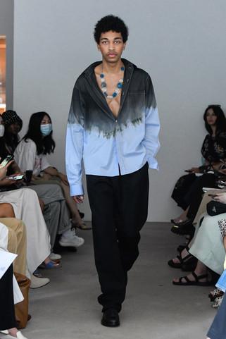 00013-Maryam-Nassir-Zadeh-RTW-Spring-22-credit-Madison-Voelkel-courtesy-of-brand.jpg