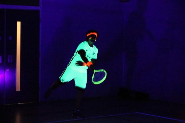 Glow 09