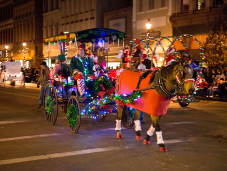 Main Street Greenville Accepting Entries for 15th Annual Hometown Holiday Horse Parade