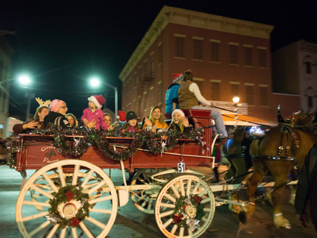 Accepting Entries for 12th Annual Hometown Holiday Horse Parade