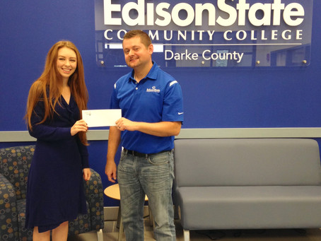 Edison State Community College Supports 14th Annual Hometown Holiday Horse Parade