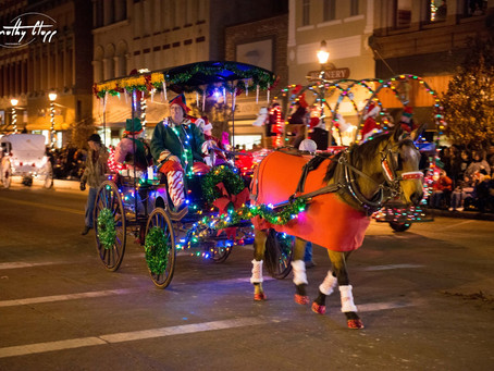 The Hometown Holiday Horse Parade - Voted BEST Parade in Ohio!