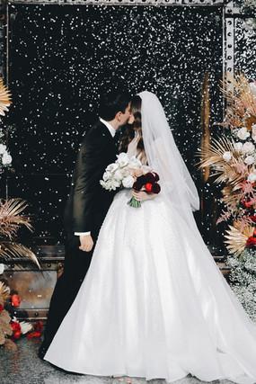WeddingDay_A&A_MaxVas_240.jpg