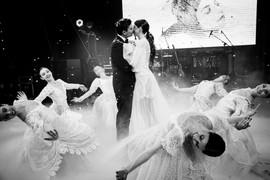WeddingDay_A&A_MaxVas_674.jpg