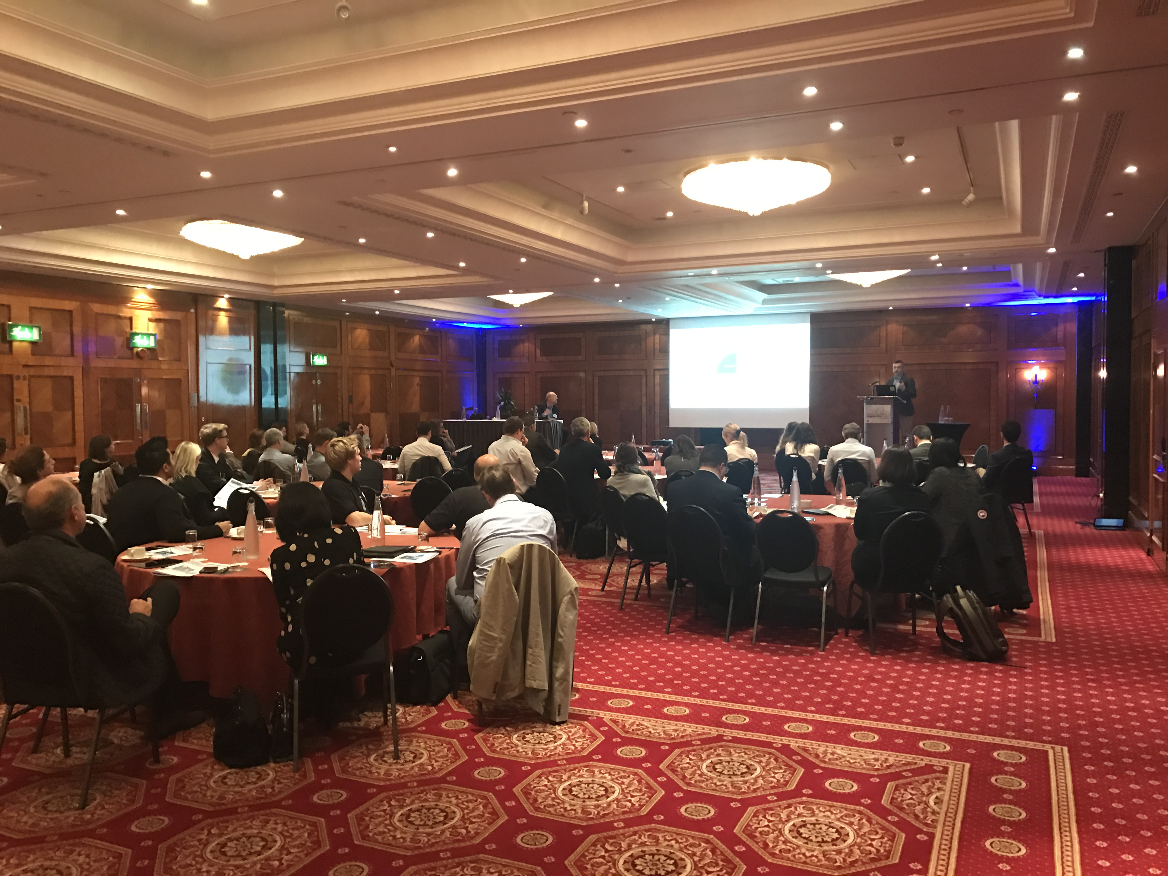 Londra konferans
