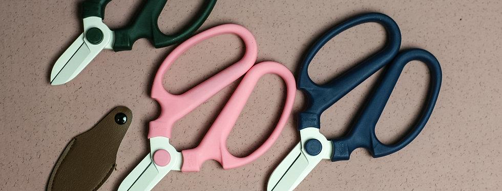 Floral Scissor / Florale Schere
