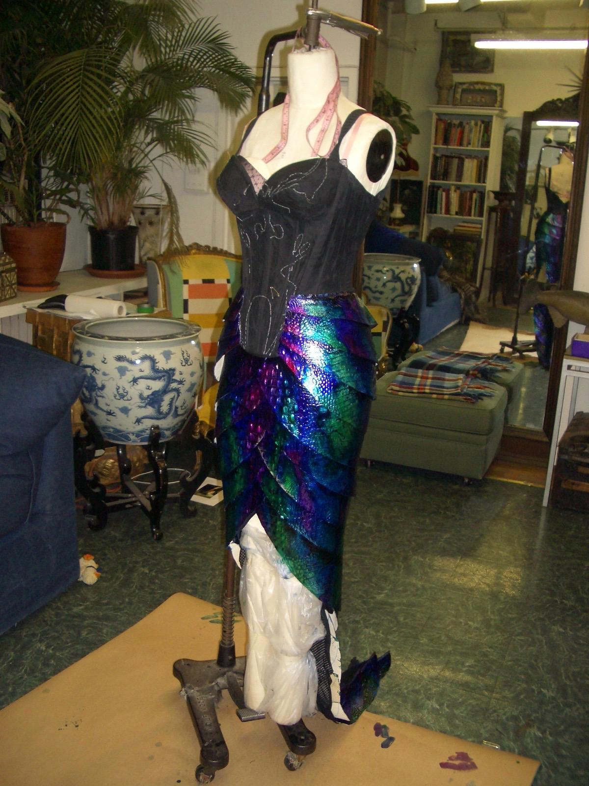 Skirt on Manican 2