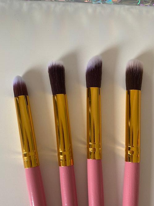 Pack of 4 fluffy brushes