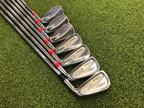 Titleist ZB Forged Combo Irons 4-PW // X Stiff