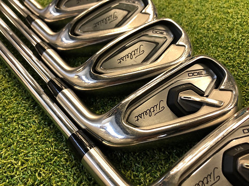 Titleist T300 Irons 6-PW // Reg