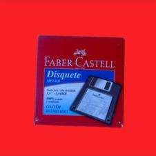 Caixa completa colecionador. 10 disquetes. R$ 1.200,00