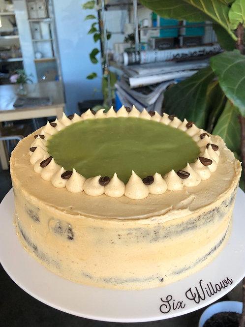 Dirty Matcha sponge cake
