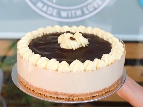 Mocha fresh cream cheesecake