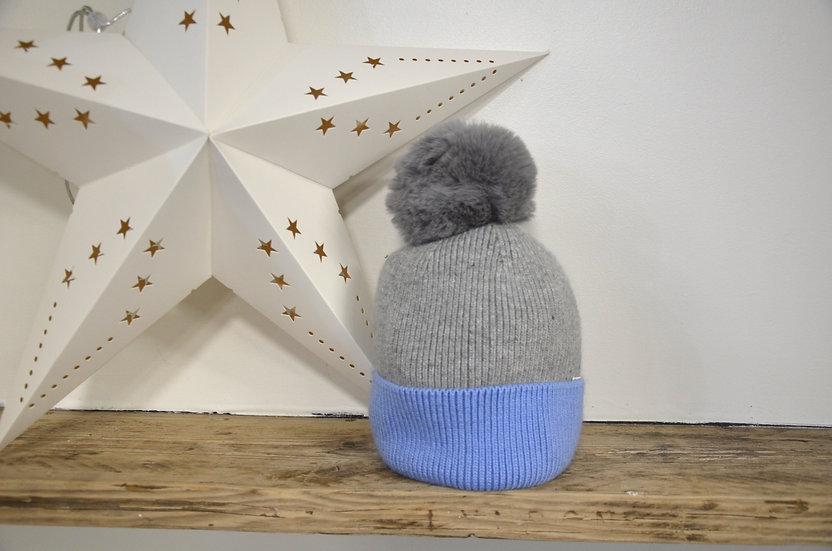 Contrast Bobble Hats - 2 Colours available