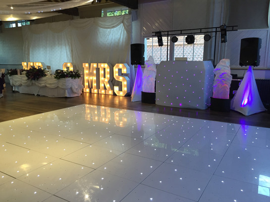 Wedding DJ Essex, Wedding DJ Hertfordshire, Sweet cart hire, Photobooth Hire, Party DJ, Disco DJ hire, Sweet Vibe Events