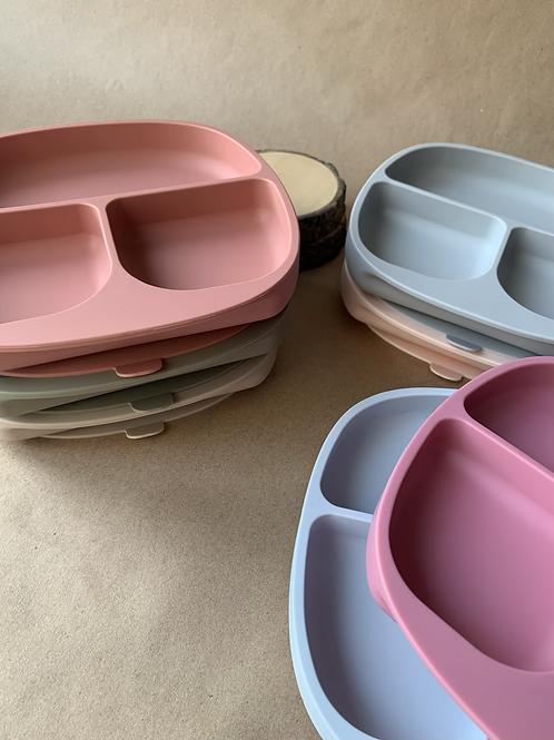 Силиконовая тарелка на присоске с тремя секциями