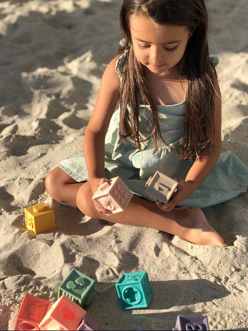 Развивающие тактильные кубики