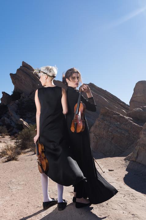 Violin duo Falcone & Cubarsi