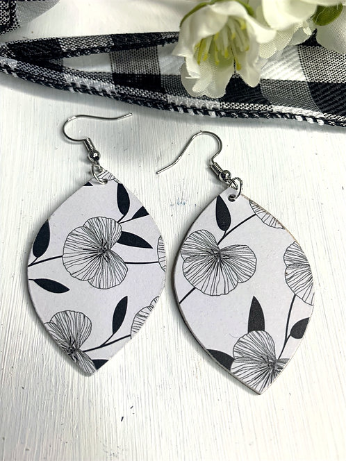 Leaf Shaped B&W Poppies