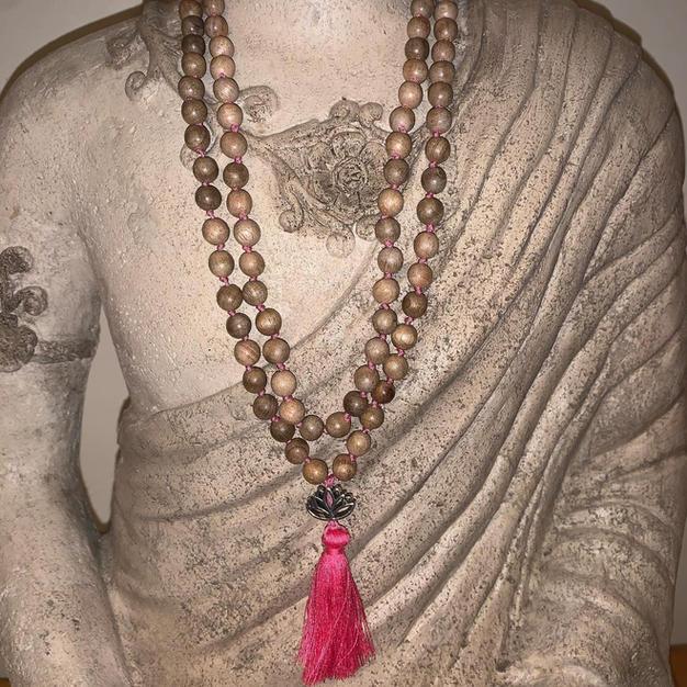 Sandalwood Lotus Mala (Pink)