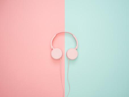 Op twee lagen luisteren