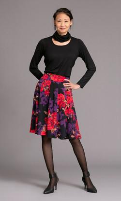 JEM Tee / FRIDAY Skirt
