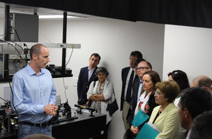 The Portuguese Minister of Science and her delegation visit the NEO-Lab