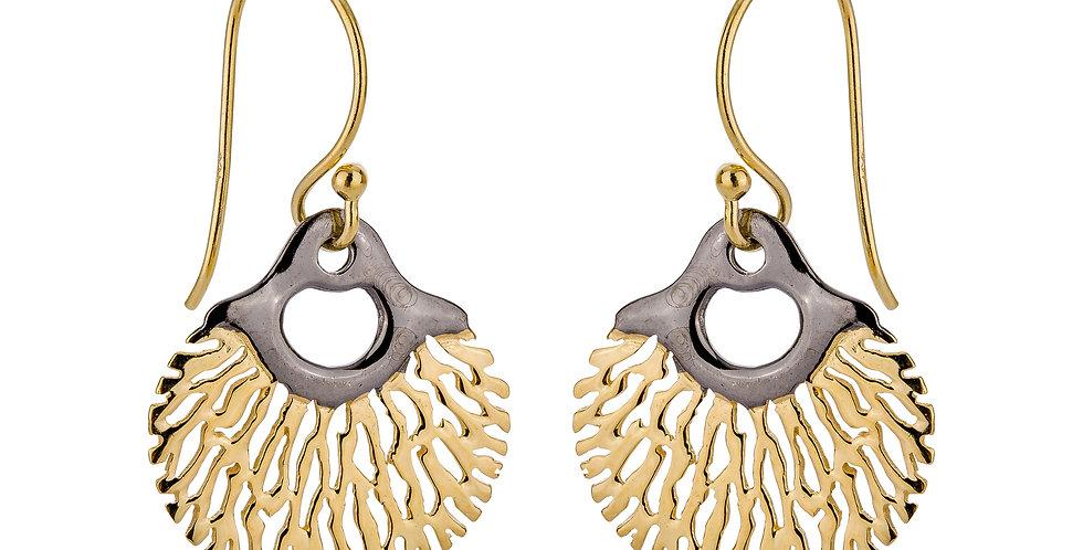 Forgyldte og rhodinerede øreringe med krog - gyldne og rhodinerede øreringe i organisk design - øreringe med blade