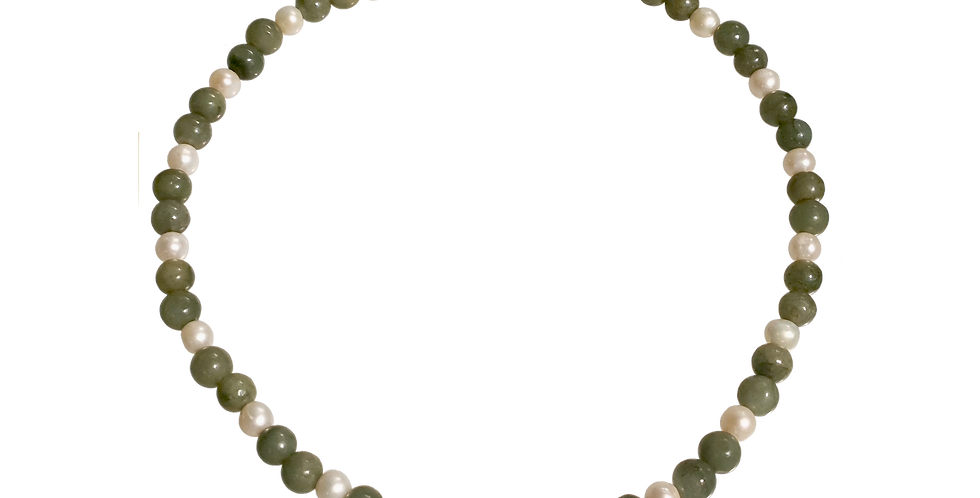 Halskæde med dybgrøn jade og perle
