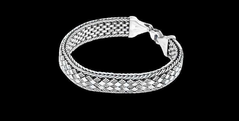 Flettet sølvarmbånd