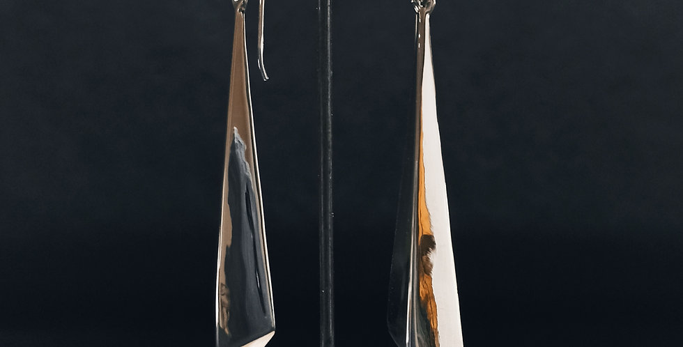Øreringe med aflange trekanter