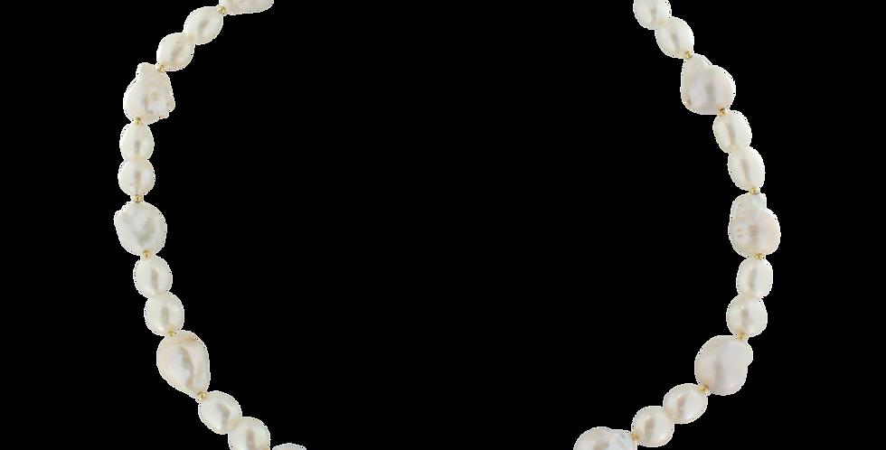 Forgyldt halskæde med perler og barokperler