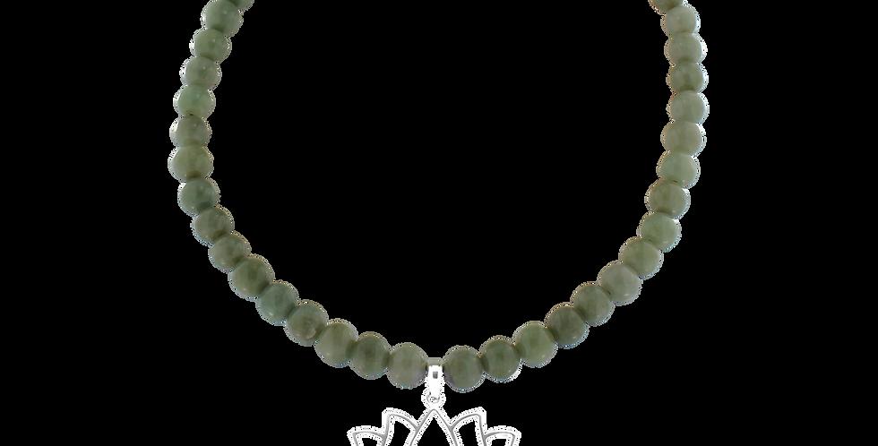 Halskæde med jade og lotusvedhæng - blossom
