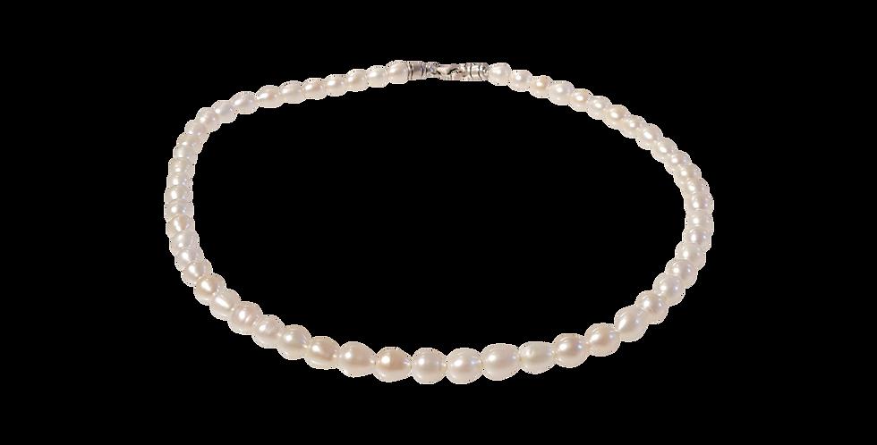 Sølvhalskæde med perler