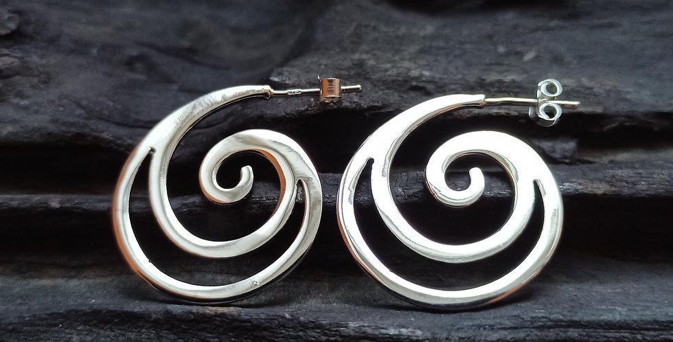 Sølvcreoler med dobeltspiral
