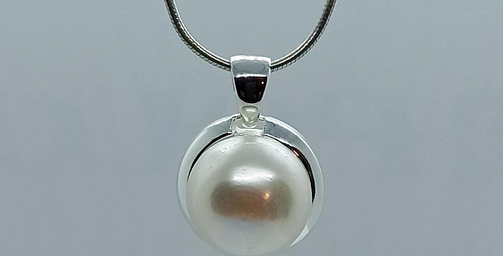 Slangehalskæde med stor indfattet perle
