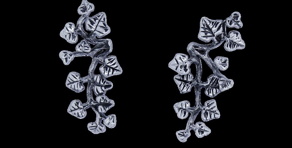 øreringe designet som gren med blade - øreringe der sidder langs øret