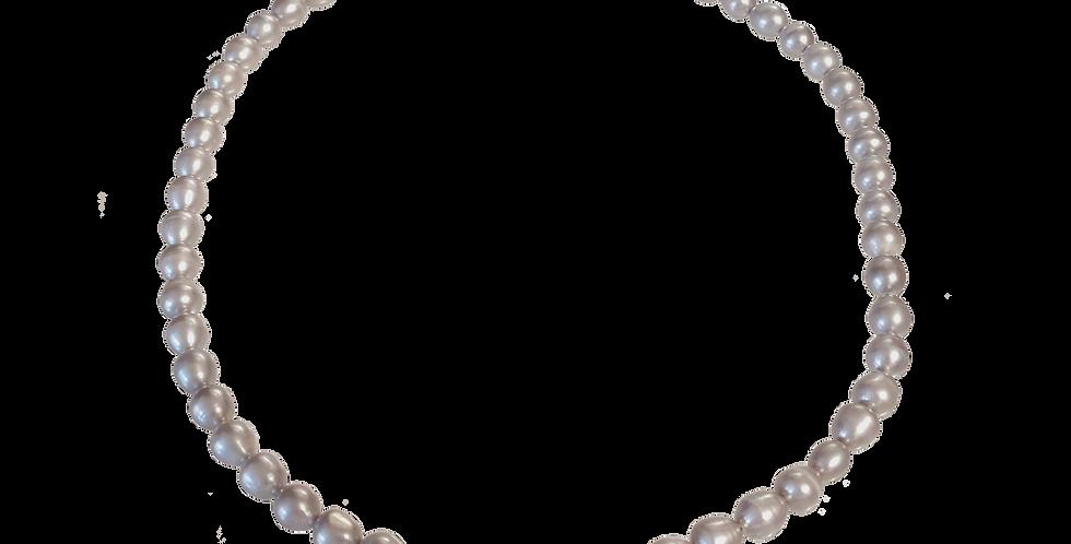 Perlehalskæde med sølvperler