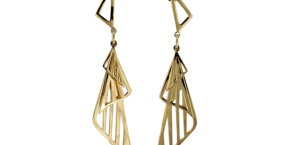 Forgyldte øreringe i design med trekanter