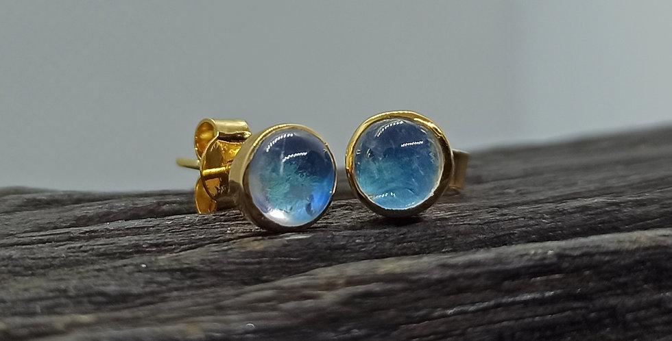 8 kt. guldørestikkere med blå topas