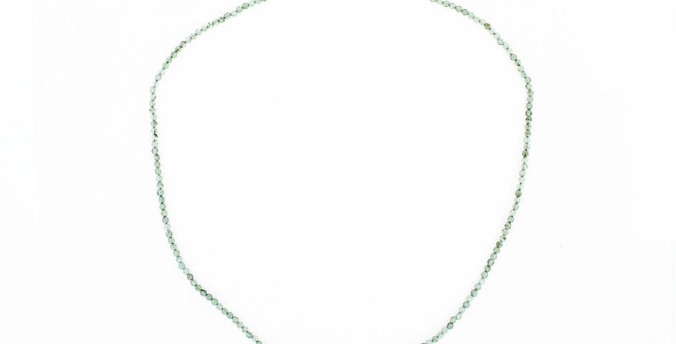 halskæde med små peridot - facetsleben peridot - stenhalskæde - grøn halskæde