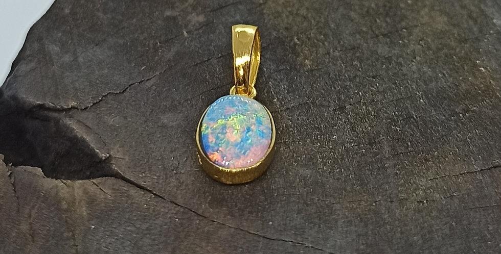 8 kt. guldvedhæng med opal
