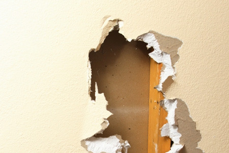 Drywall Repair: How to fix and patch drywall