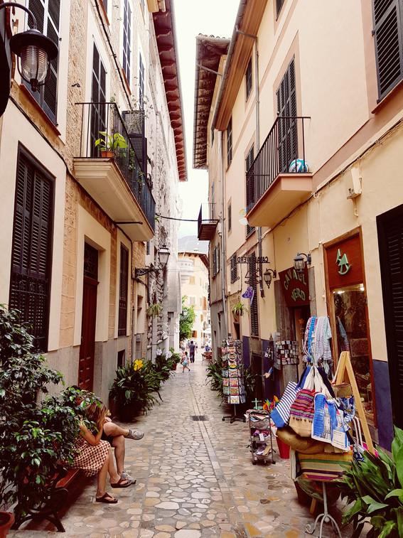 spanish street.jpg